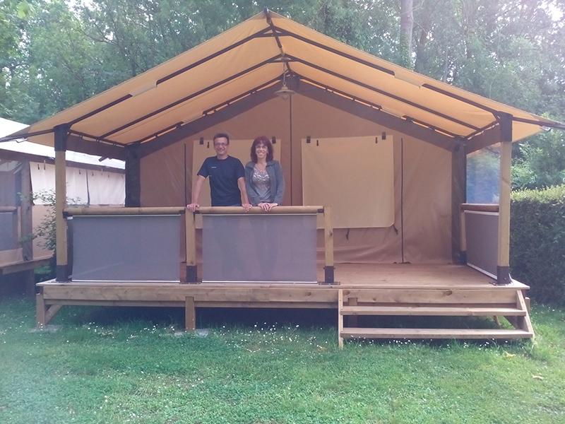 saint jean d ang ly le camping municipal val de boutonne en pleine forme pour l t h l ne fm. Black Bedroom Furniture Sets. Home Design Ideas